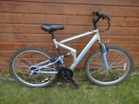 Apollo FS 26 full suspension bike, 26 inch wheels, 18 gears, 20 inch frame can possibly deliver