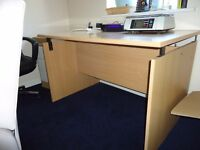 Office desk - easy to assemble.
