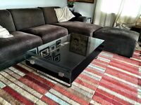 Elegant, modern wood & glass coffee table in excellent condition