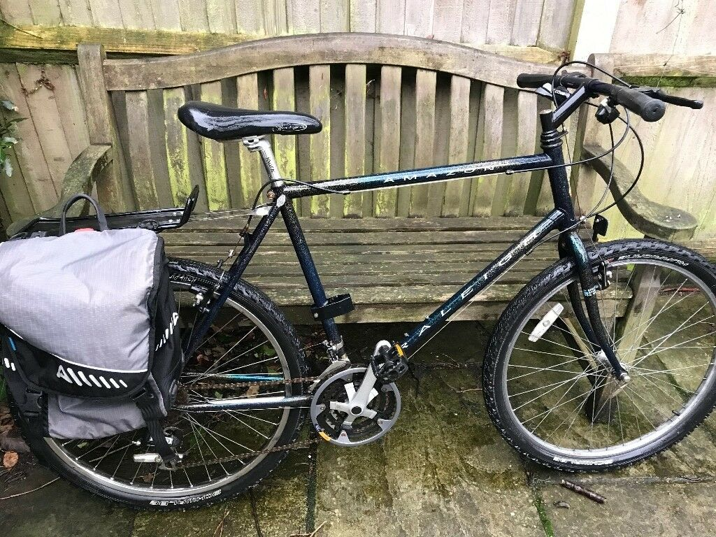 Raleigh Amazon Mountain Bike with Pannier rack and Bag