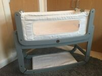 SNUZ POD 2 IMMACULATE like new DOVE GREY including mattress, waterproof mattress and sheets