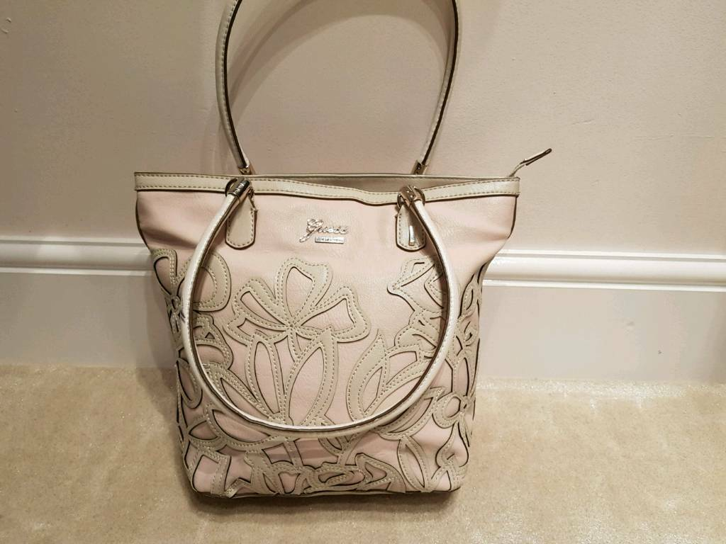 Genuine Guess bag - Shoulder