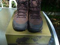Northwest Territory Mens Walking Boots