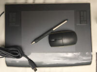 Wacom Intuous Tablet with Grip Pen/ Stylus and Mouse