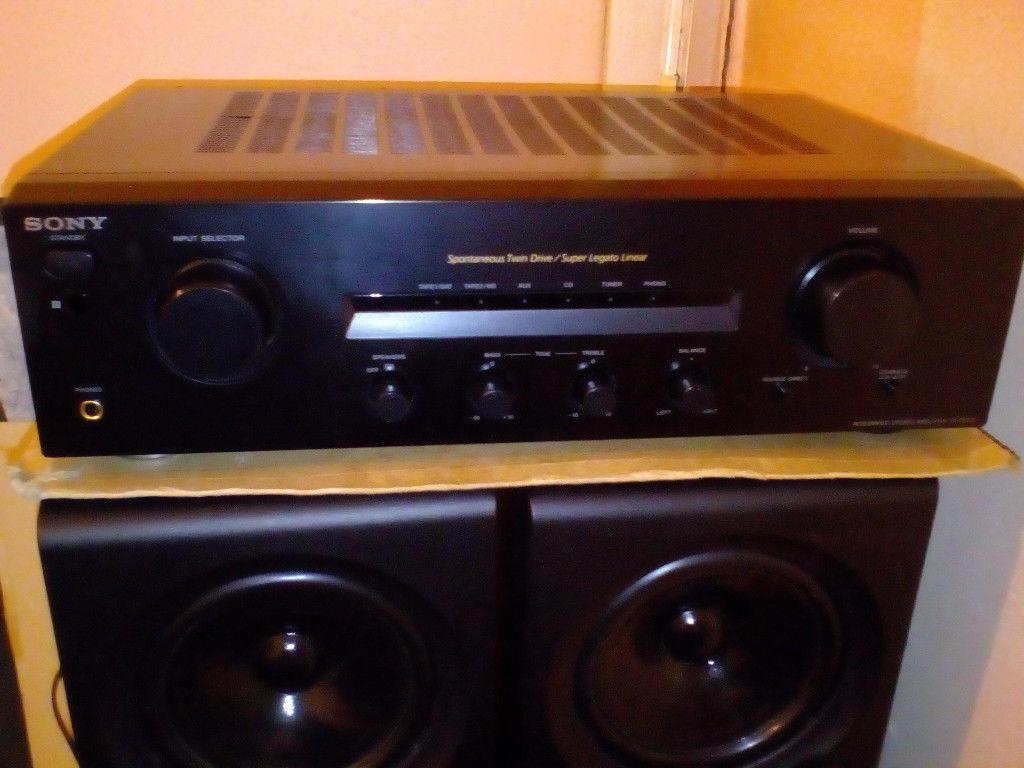 Sony TAFE370 amplifier in black