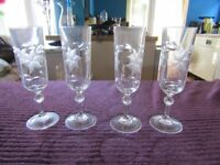 CHAMPAGNE FLUTES-SET OF 4. STUNNING AND EX CONDITION