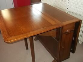 Extending Gate Leg Dining Table