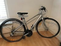 XS ladies Giant CrossCity lightweight bike in silver