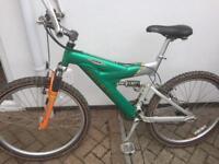 Raleigh adult aluminium bike