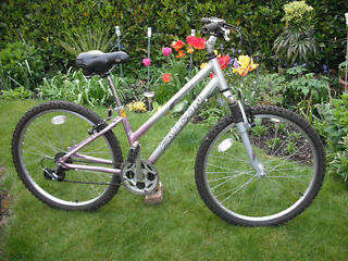 "Woman's Falcon Eclipse Mountain Bike - 14.5"" Aluminium Frame - 21 Gears"