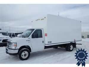 2016 Ford E-450 16 ft Cube Van Rear Wheel Drive - 29,437 KMs