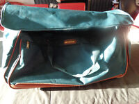EQUATOR LONDON; Large Green Luggage Bag, with 2 wheels, 2 carry handles & 1 pull handle