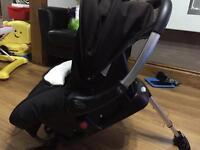 Silvercross baby car seat with Isofix base surf 2 pram