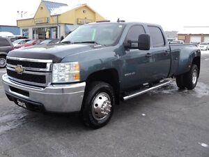 2012 Chevrolet Silverado 3500 CrewCab 4X4 Dually 8ft Box