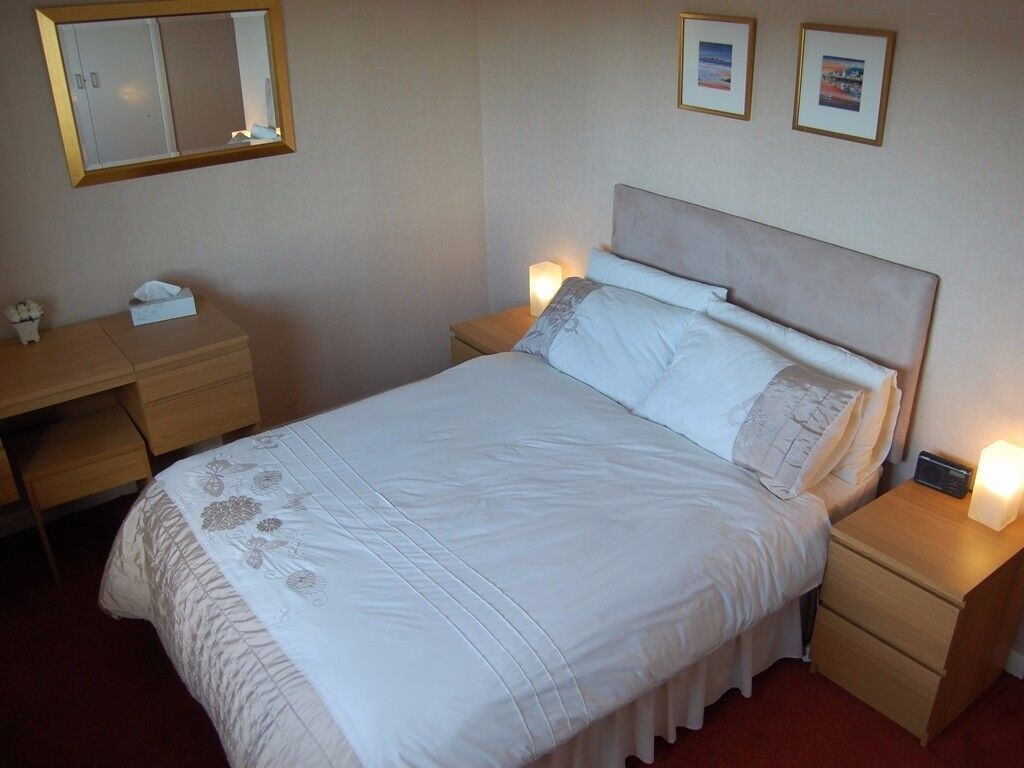 DOUBLE BEDROOM NEAR ILFORD! PERFECT FOR A COUPLE AT ONLY £140/WEEK