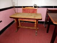 Old Oak 2/4 seater table