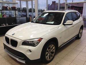 2012 BMW X1 4X4, CUIR , TOIT PANORAMIQUE, TOIT OUVRANT