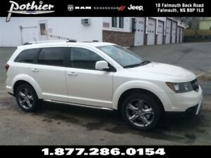 2017 Dodge Journey Crossroad   LEATHER   SUNROOF   REAR PARK ASS