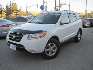 2009 HYUNDAI SANTA FE GL | Leather • V6 • Sunroof