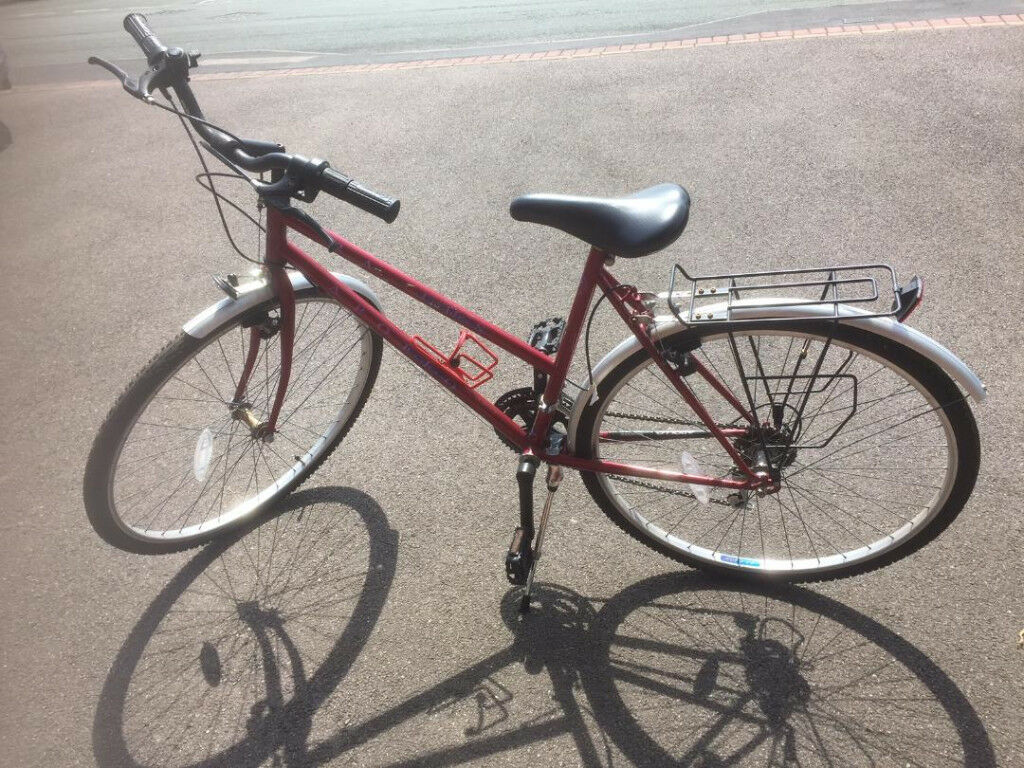 Apollo Radius Ladies 10 Speed Bicycle Red 20 Inch
