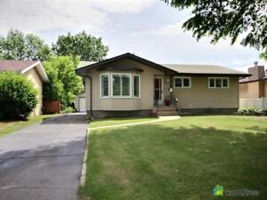 $429,000 - Bungalow for sale in Sherwood Park