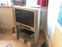 """32"""" PANASONIC TV + STAND + DVD PLAYER Combo"""