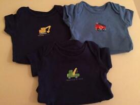 Set of 3 boys vests