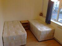 amazing twin room to rent on old Kent Road SE1 close to borough London bridge tower bridge