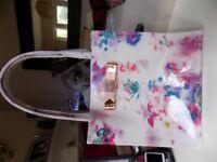 Pretty Little Shopper Bag