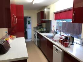 3 BED HOUSE FOR RENT - LE5 £750 PCM