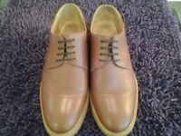 Samuel Windsor Prestige Lightweight Derby Italian Tan Shoes Size 8 In Excellent Condition