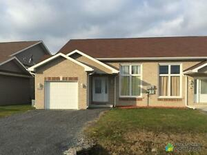 $225,000 - Semi-detached for sale in South Lancaster