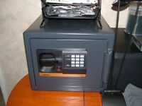 Sentry Safe. 22.7l Electronic safe, water resistant and fire resistant. (S0899) mint condition