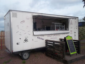 FULLY REFURBISHED CATERING WAGON FULLY EQUIPTED GAS ELECTRIC AND COUNCIL, CERTIFICATES £8400
