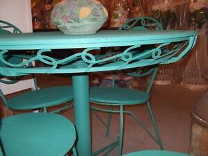 WROUGHT IRON TABLE AND CHAIRS London Ontario image 2