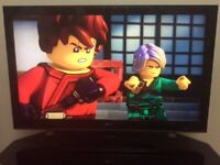 """42"""" LG FULL HD TV BUILT IN DIGITAL FREEVIEW SLIM BACK EXCELLENT CONDITION"""