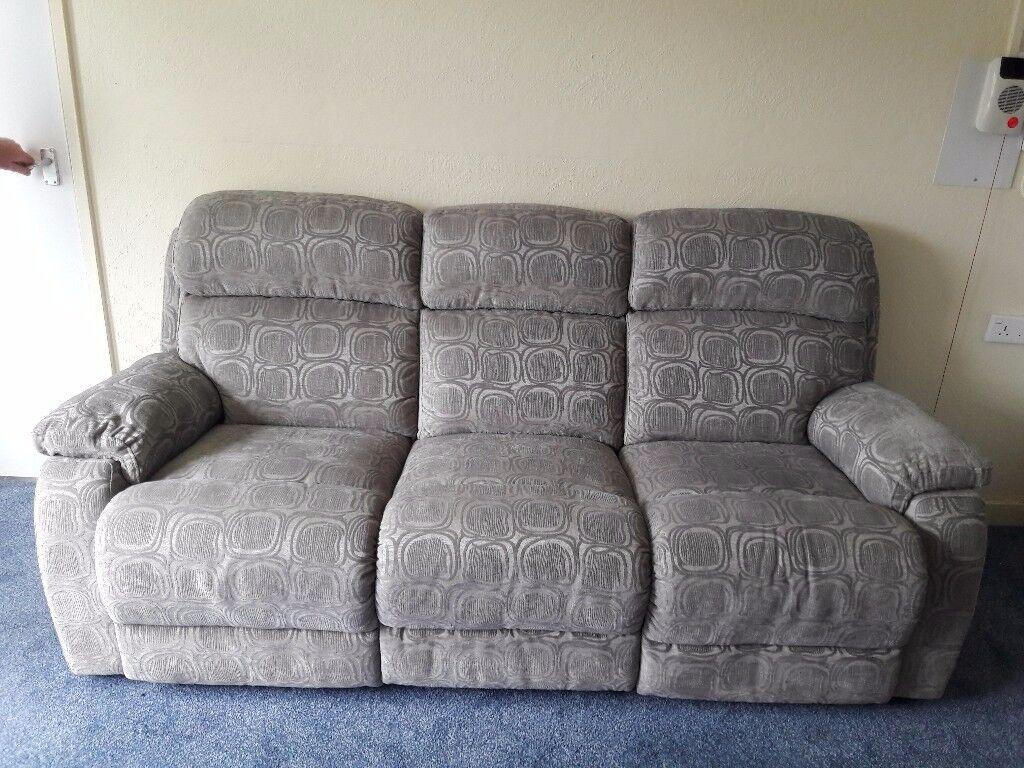 Dfs Newbury Circle 3 Seater Manual Recliner Sofa And