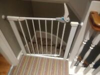 Lindam Easy Fit Plus Deluxe Safety Baby Gate