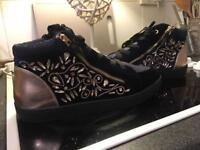 Ladies river island trainers size uk size 7 brand new
