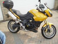 For Sale, Triumph Tiger 1050 adventure tourer, Registered Jan 2007, very good condition