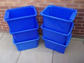 6 STACKABLE STORAGE CONTAINERS GREAT FOR TOYS / GARAGE / WORKSHOP / HOUSE MOVE FRAGILES
