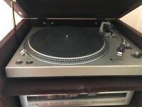 Technics SL 1400 vintage turntable