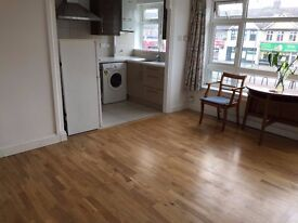 SPACIOUS 2 BEDROOM vacant flat to rent - EPSOM