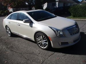 2013 Cadillac XTS Platinum | AWD | LEATHER | ROOF | NAV