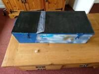 Lockable heavy duty tool box