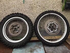 yamaha xt 600 pair of wheels and tyres.