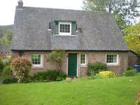Detached 3 bedroom 1 1/2 storey house with garage
