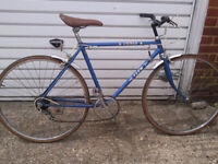 MAN OR LADIES RETRO SHABBY CHICK ENFIELD 26 in wheels 20 in frame £85