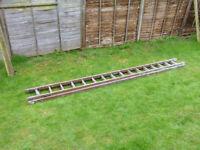 Wooden extending ladder - 16 rungs per half