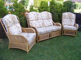 CAN DELIVER - CONSERVATORY RATTAN SOFA + 2 ARMCHAIRS IN VERY GOOD CONDITION